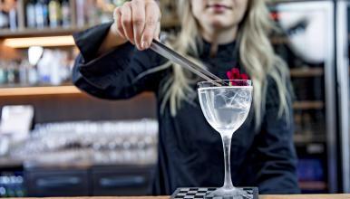 Lilla e.: Cozy cocktail bar in downtown Helsinki