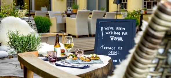 Breakfast, lunch, dinner and brunch on a terrace in the heart of Helsinki