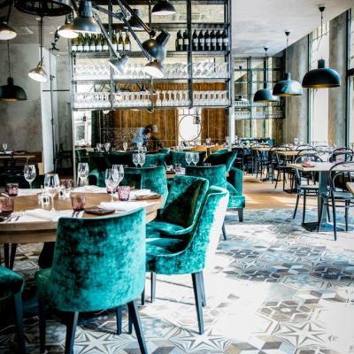 Krog Roba on rento pohjoismainen ravintola Helsingin Kaartinkaupungissa