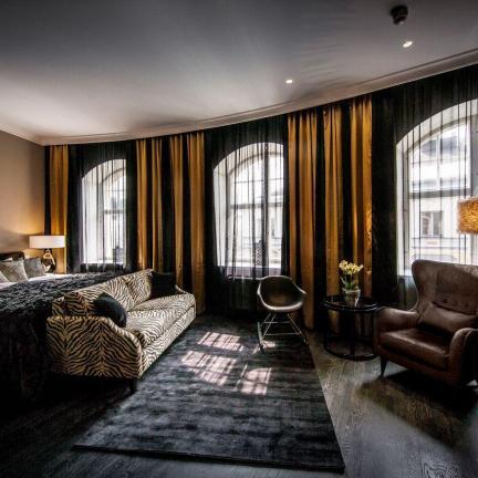 Tilava ja ylellinen hotellihuone Helsingissä, Hotel Lilla Robertsissa