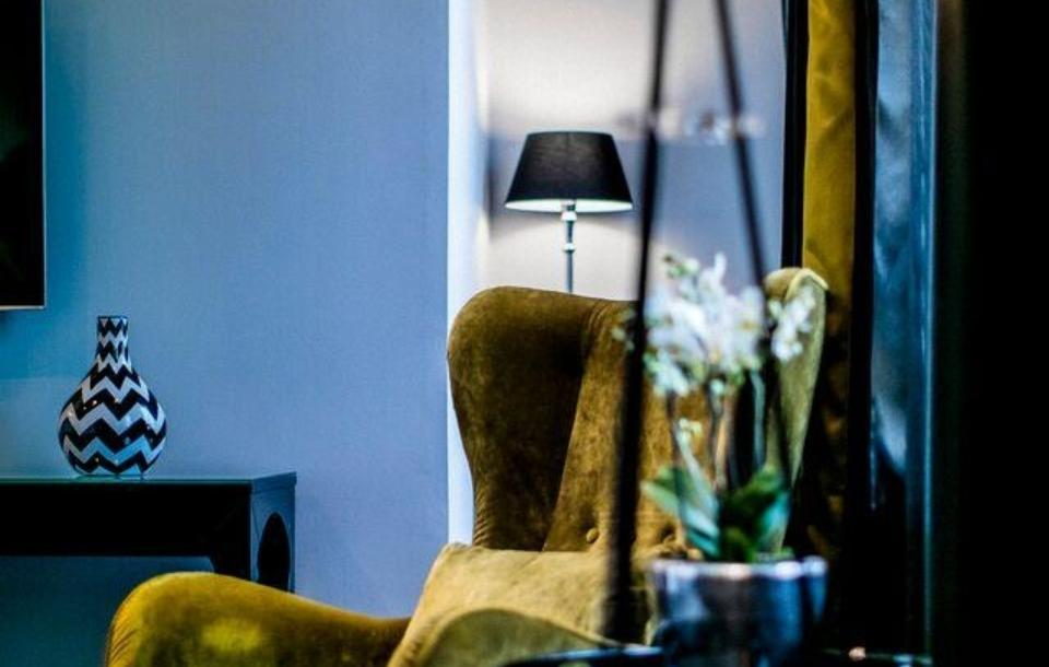 Elegant and spacious hotel room in Helsinki city centre at hotel Lilla Roberts