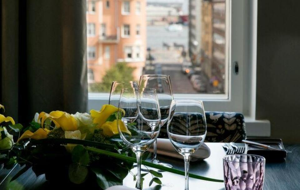 Large and luxorious suite in downtown Helsinki close to the sea